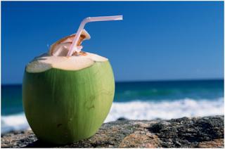 5 Khasiat Air kelapa Muda