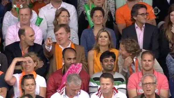 King Willem-Alexander and Queen Maxima of the Netherlands during the final of the men Beach Volleyball match between Brasil and The Netherlands