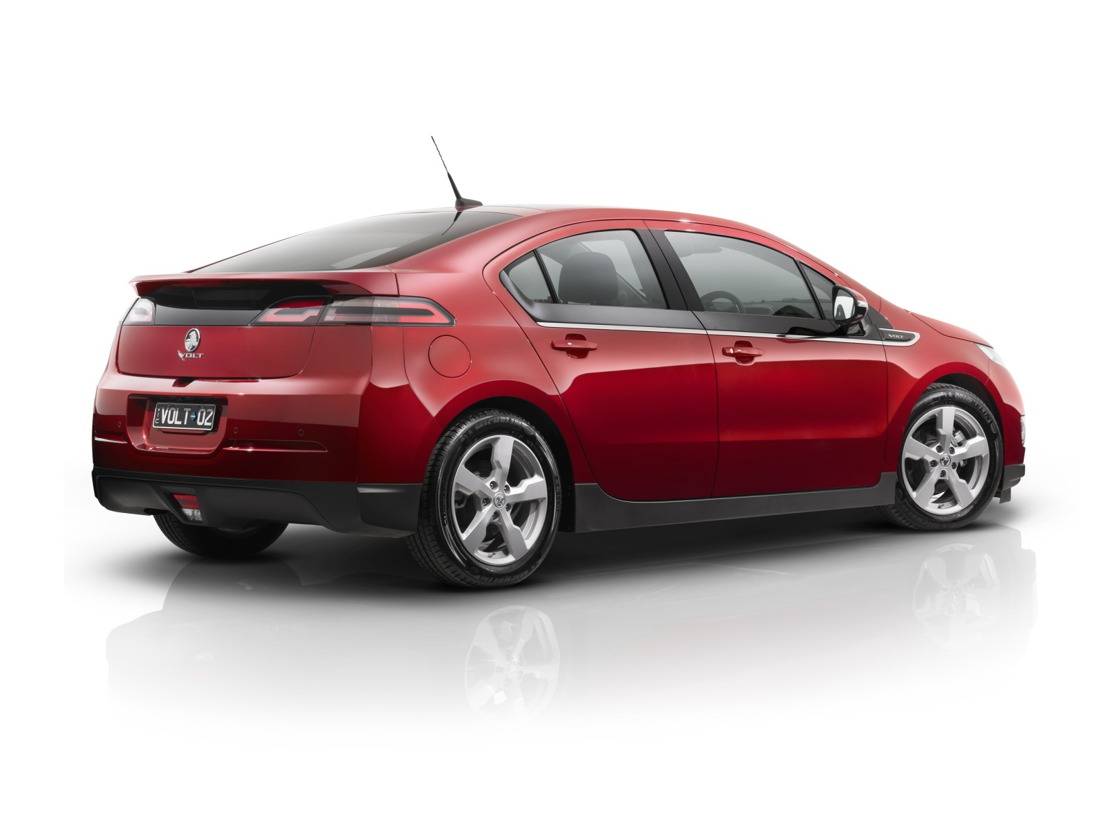 2013 holden volt wallpapers pictures specifications
