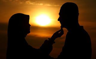 Nasehat Rosul Bagi Istri yang Memiliki Penghasilan Pas-Pasan