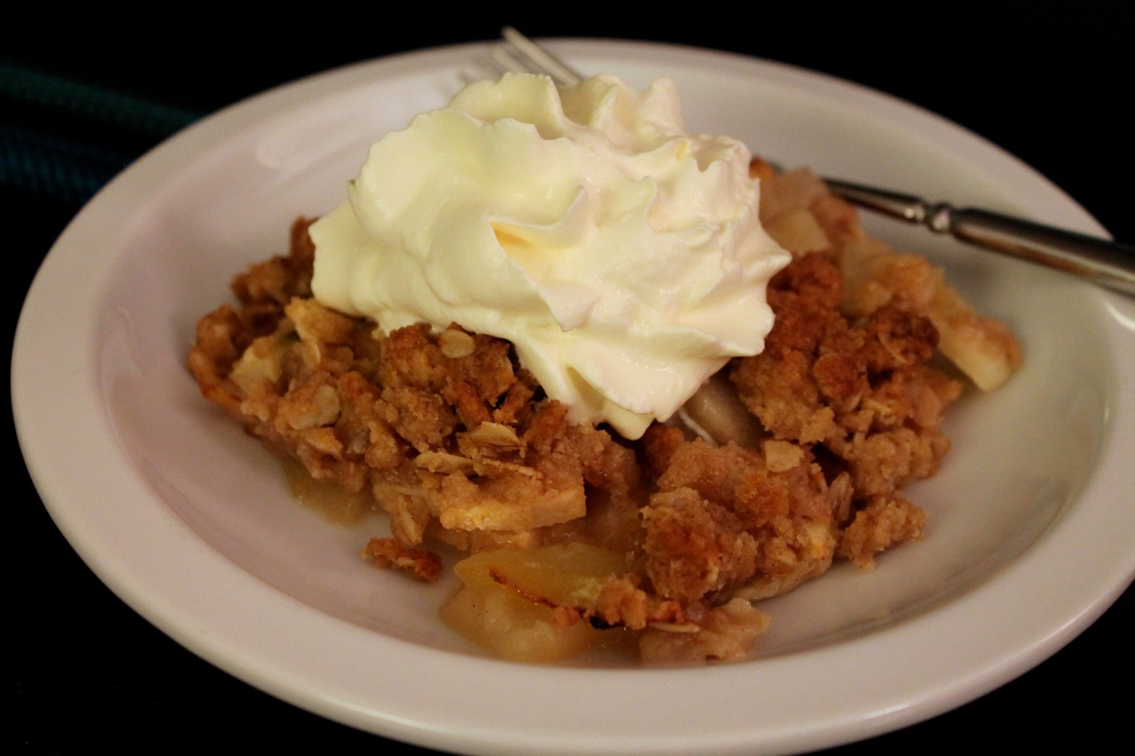 Cook In / Dine Out: Easy Apple-Pear Crisp