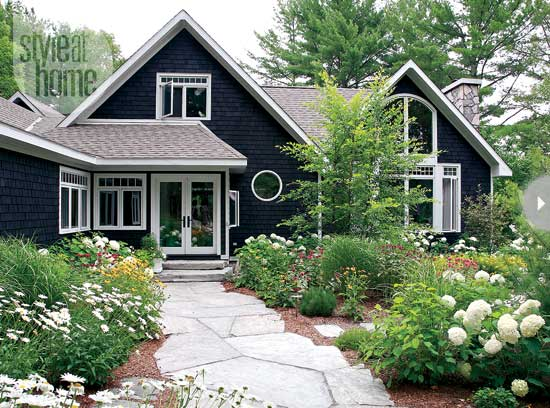 Dark houses design indulgence - Black house with white trim ...