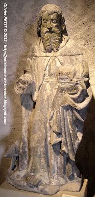Statue de Saint Antoine en pierre calcaire de Jaumont. Début XVIe siècle.