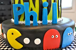 Happy 53rd Birthday Phil m8!!!! Phil+Cake3