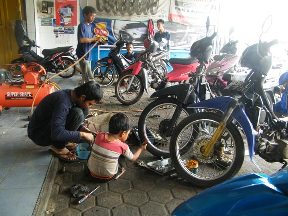 Tips Membuka Usaha Bengkel Motor Untuk Pemula ~ Koperasi ...