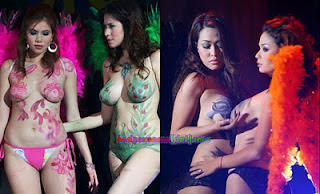 Foto Hot Aksi Para Model Body Painting Indonesia