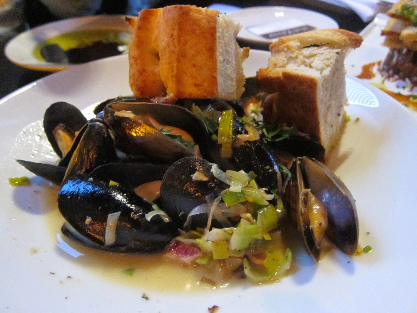 P.E.I. Mussels at Orta | The Economical Eater