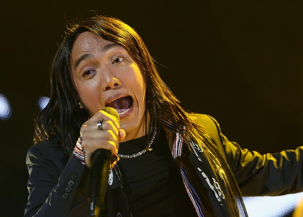 Arnel Pineda – Your Love (The Love Affair)