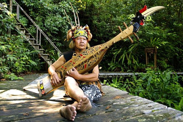 Sarawak Sape Maker
