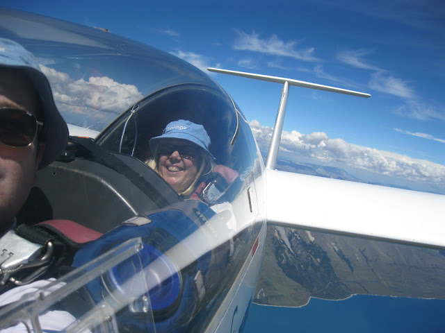Soaring to Mt Aspiring with Alex