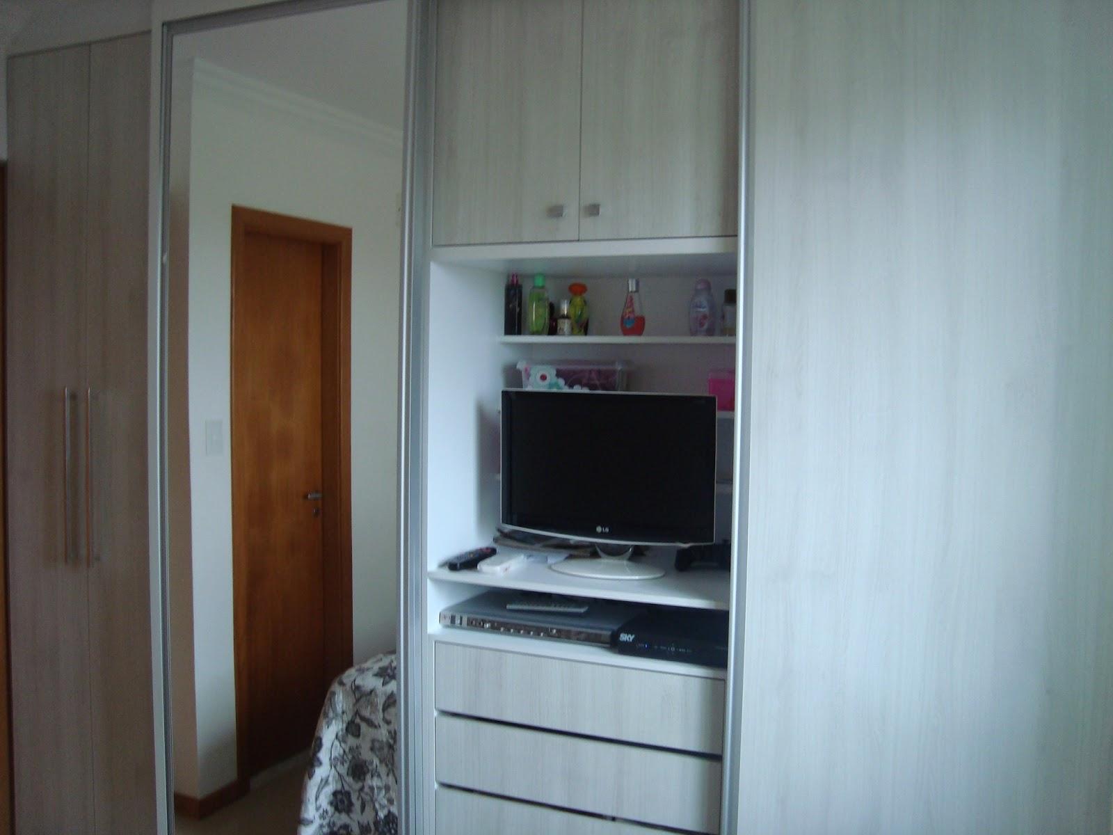 Guarda roupa espaço interno #5D3F2A 1600x1200