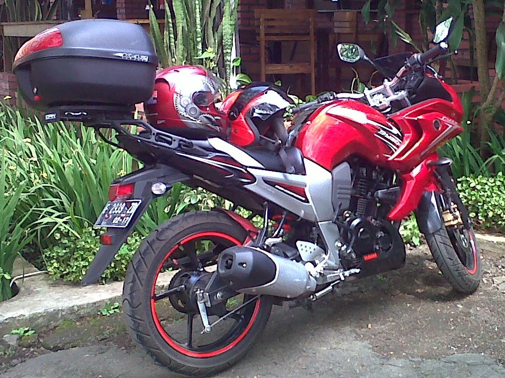 Modifikasi Yamaha Byson FullFairing