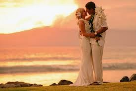 Outdoors Wedding ceremony as well as wedding reception Wedding ceremony as well as wedding reception Methods