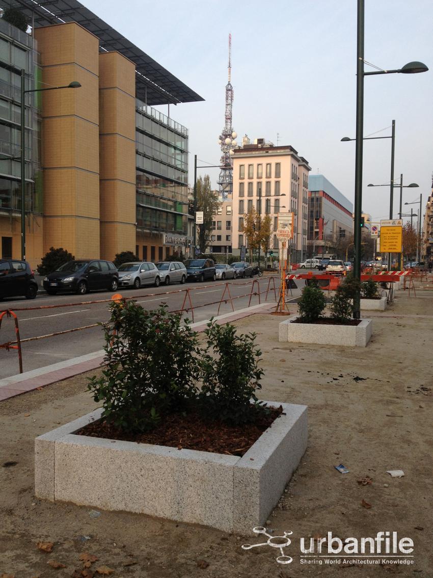 Urbanfile milano nuovo look per via pietro tempesta for Via pietro mascagni 8 milano