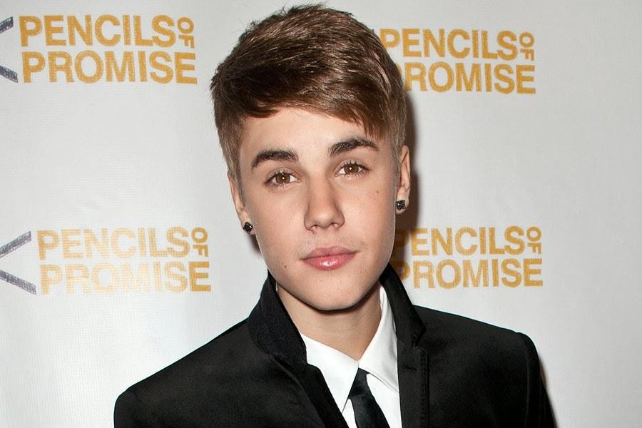 Foto Justin Bieber Selena 2011 8