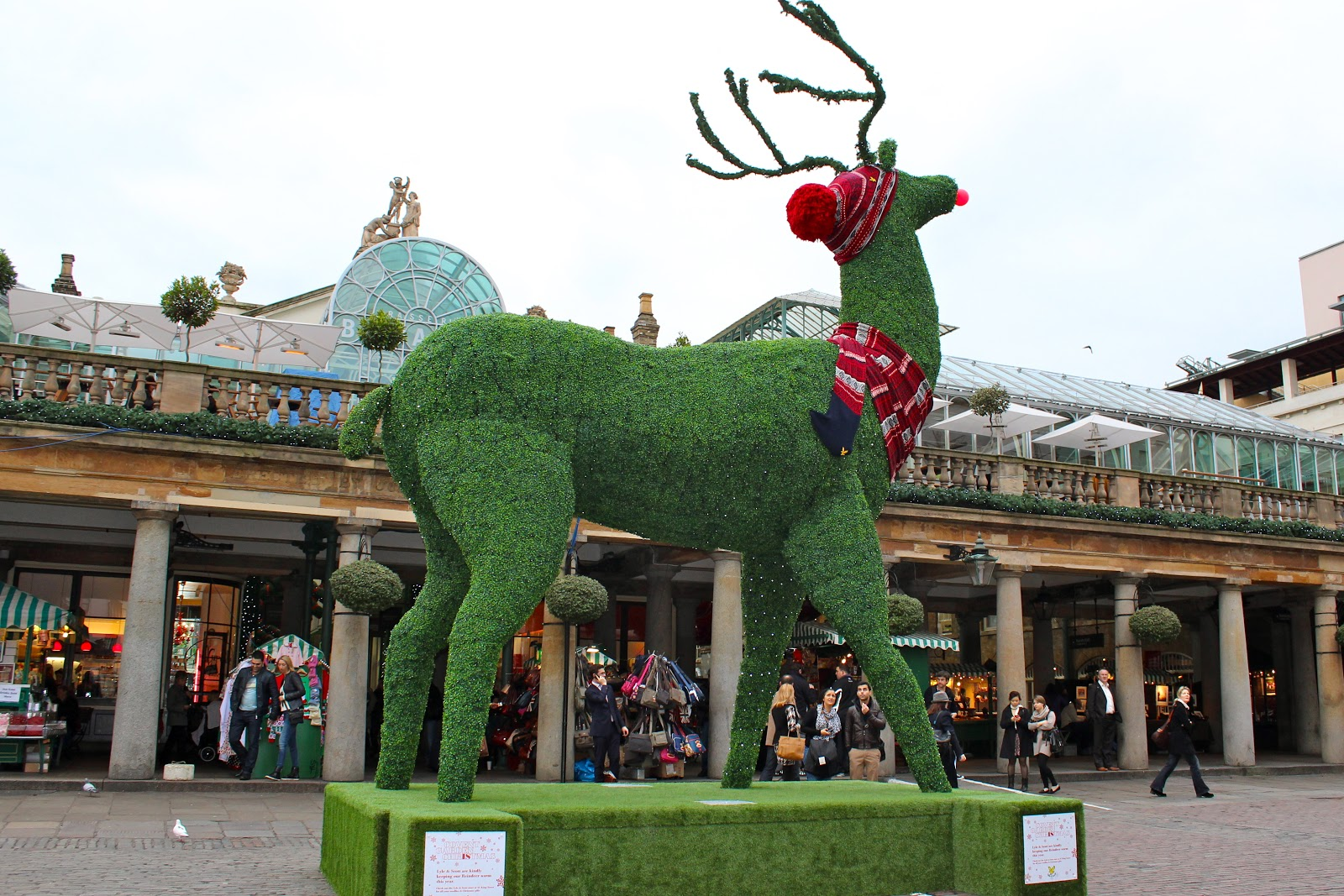 COVENT GARDEN LONDON - CHRISTMAS DECORATIONS ~ SHALLOWWONDERLAND