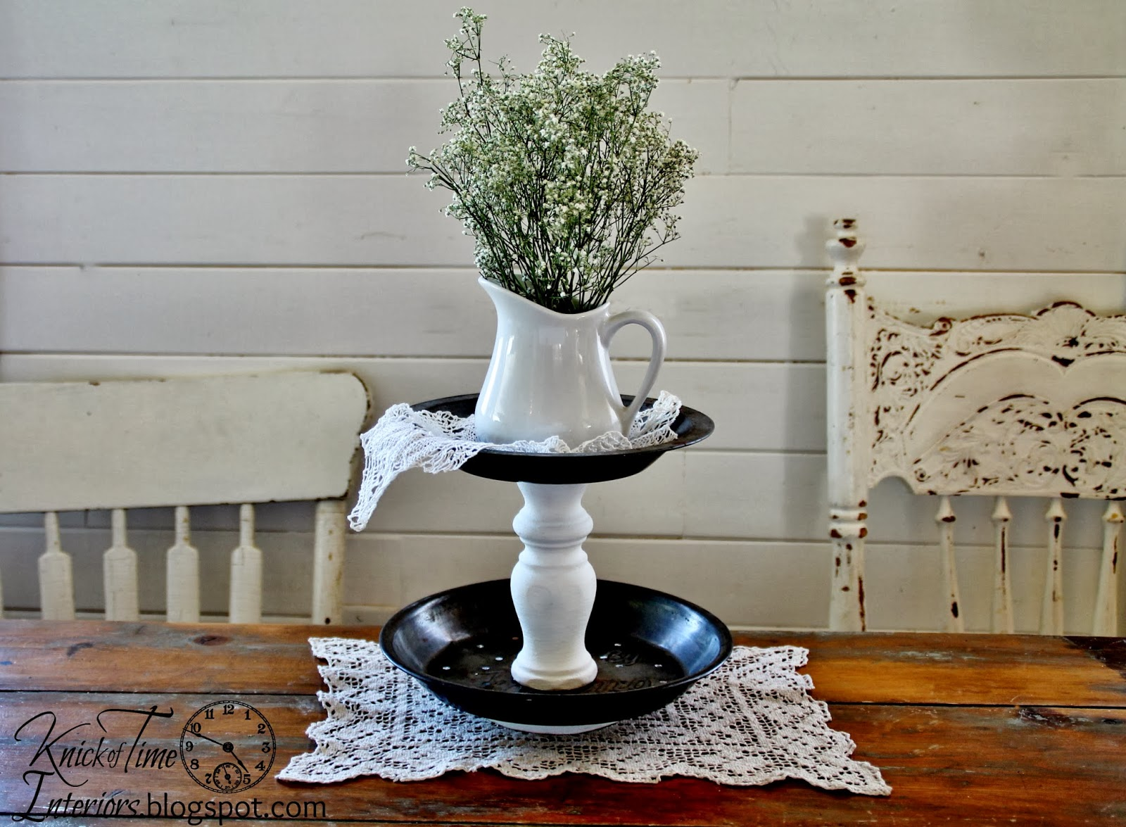repurposed-pie-tin-tiered-stand
