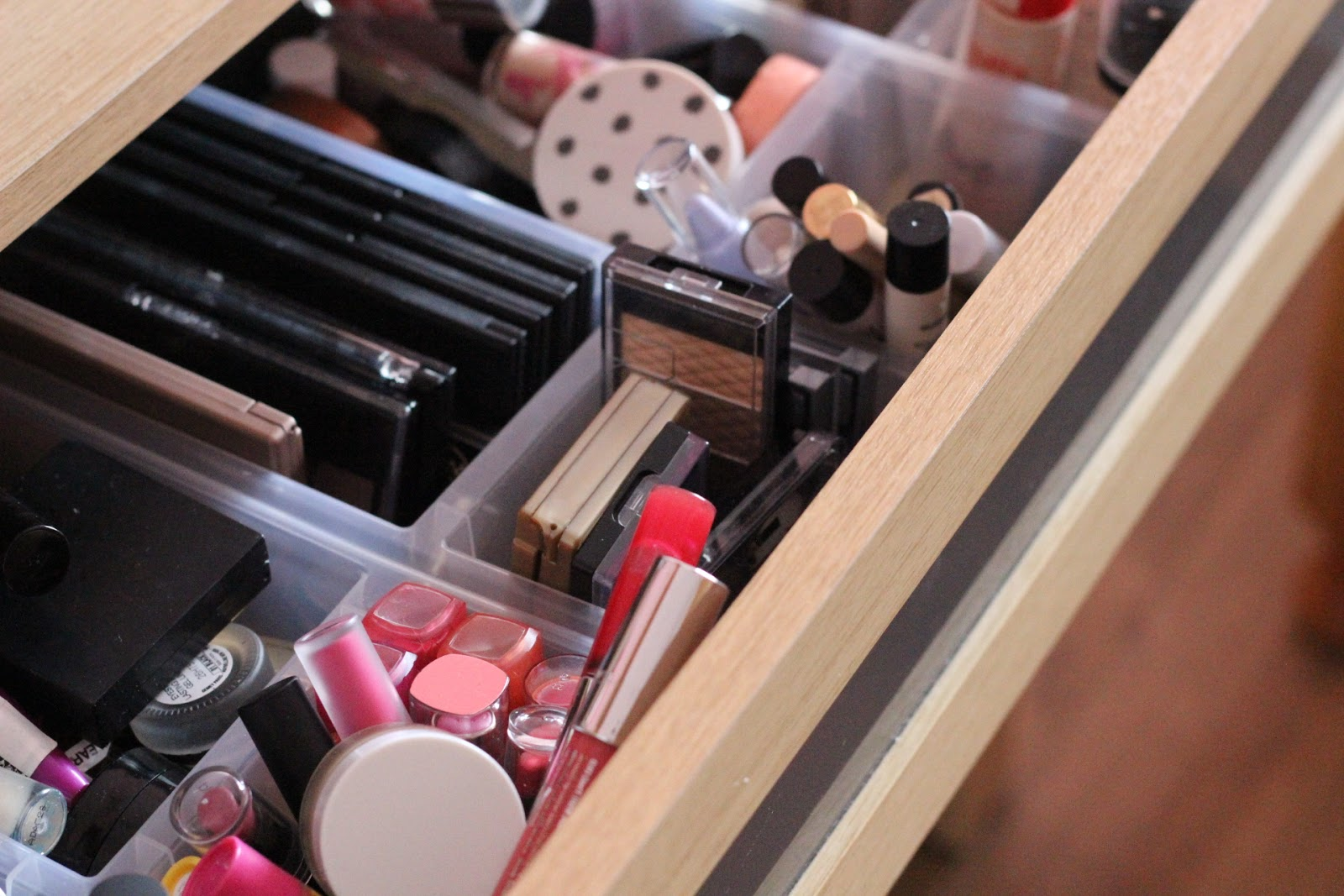 Makeup Clean Up & Reorganising Tips