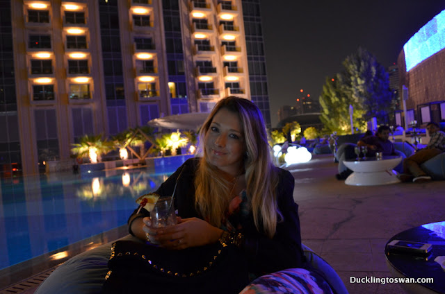 fashion blog blogger dubai korea shades bar