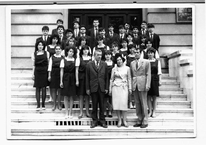Olivia Marcov, colegii clasei 9-12V, promotia 1986 liceul Balcescu, Bucuresti