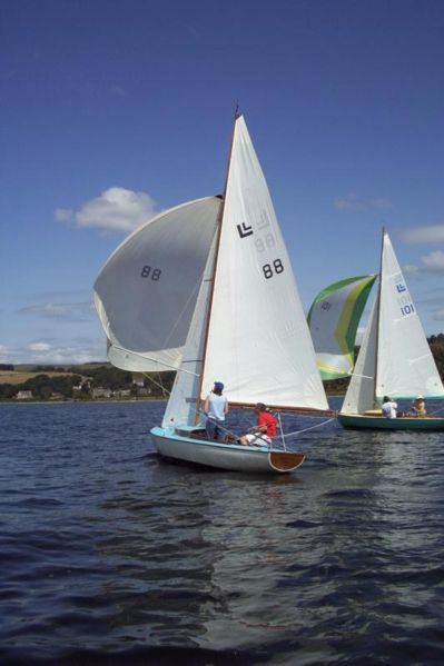 Gambar Perahu Layar Yacht