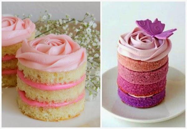 Postre simulando pastel con rosa hecha arriba