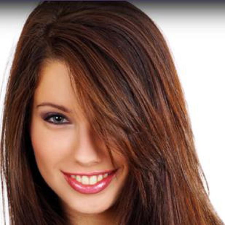 Color de pelo negro cobrizo
