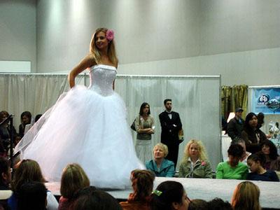Bridal Club: 10/10/11
