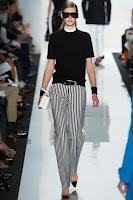 Дамски панталон райе в черно и бяло на Michael Kors