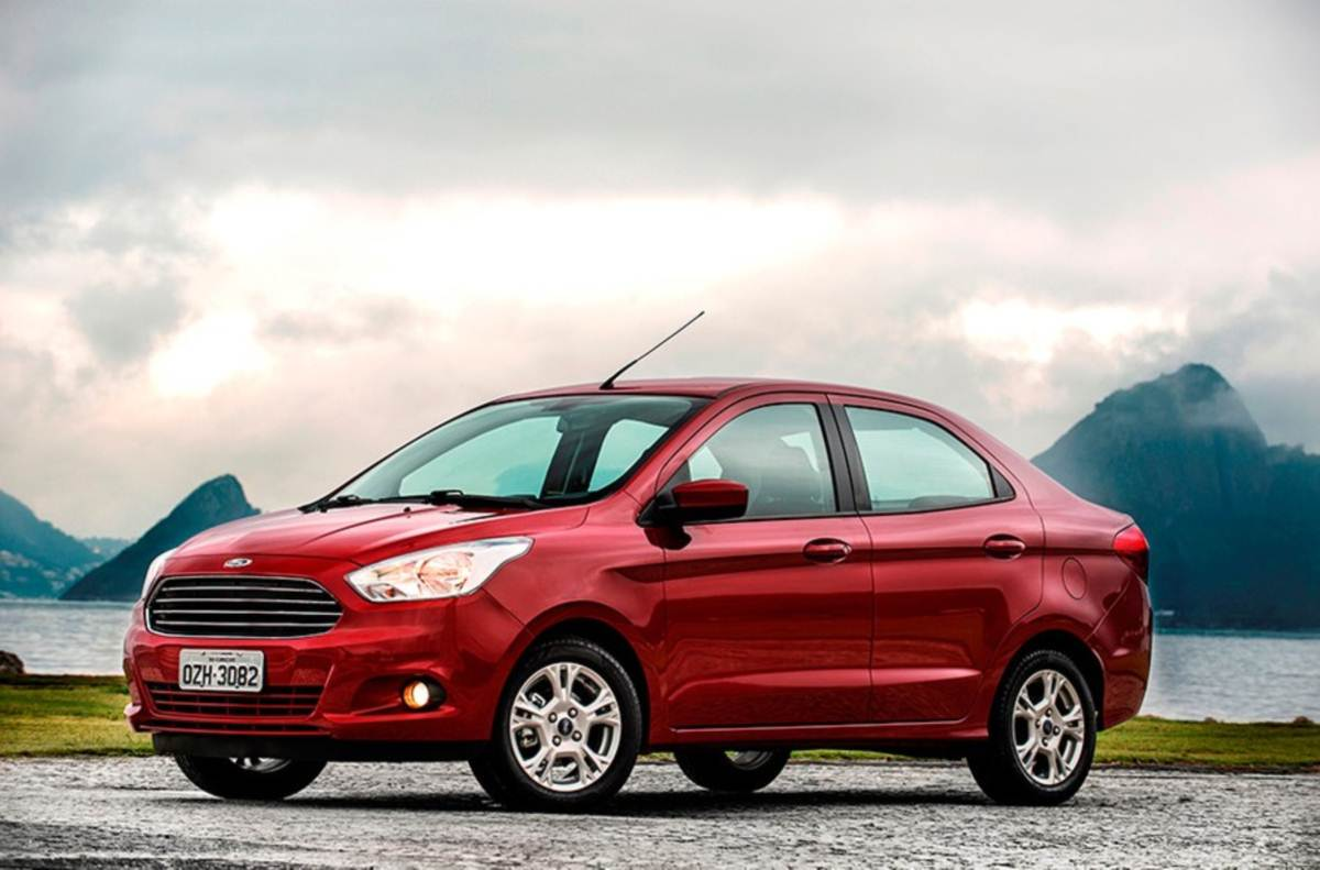 Novo Ford KA+ (Sedã) - Vermelho Merlot