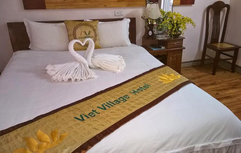 www.vietvillagehotel.com