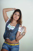 Komal Jha trendy Photo shoot Gallery-thumbnail-13