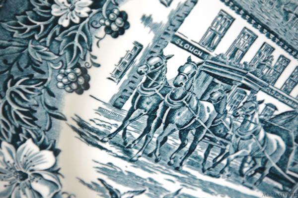 aliciasivert, alicia sivertsson, second hand, begagnat, andrahand, erikshjälpen, porslin, tallrik, tallrikar, hästmotiv, hästar, häst och vagn, horse, horses, plate, tableware, Royal Tudor Ware