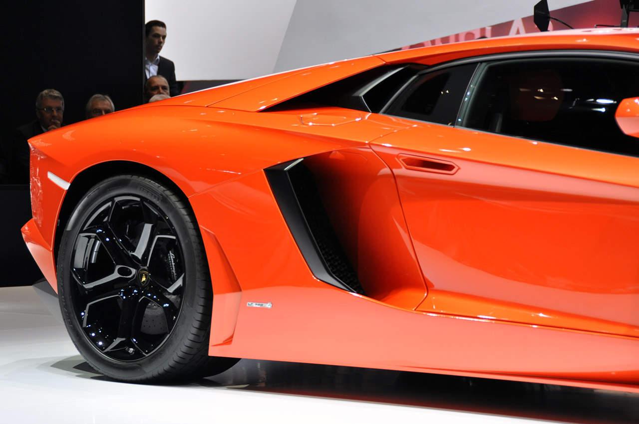2012 Lamborghini Aventador Lp700 4 Review Price Specs Interior Exterior Engine The List Of Cars