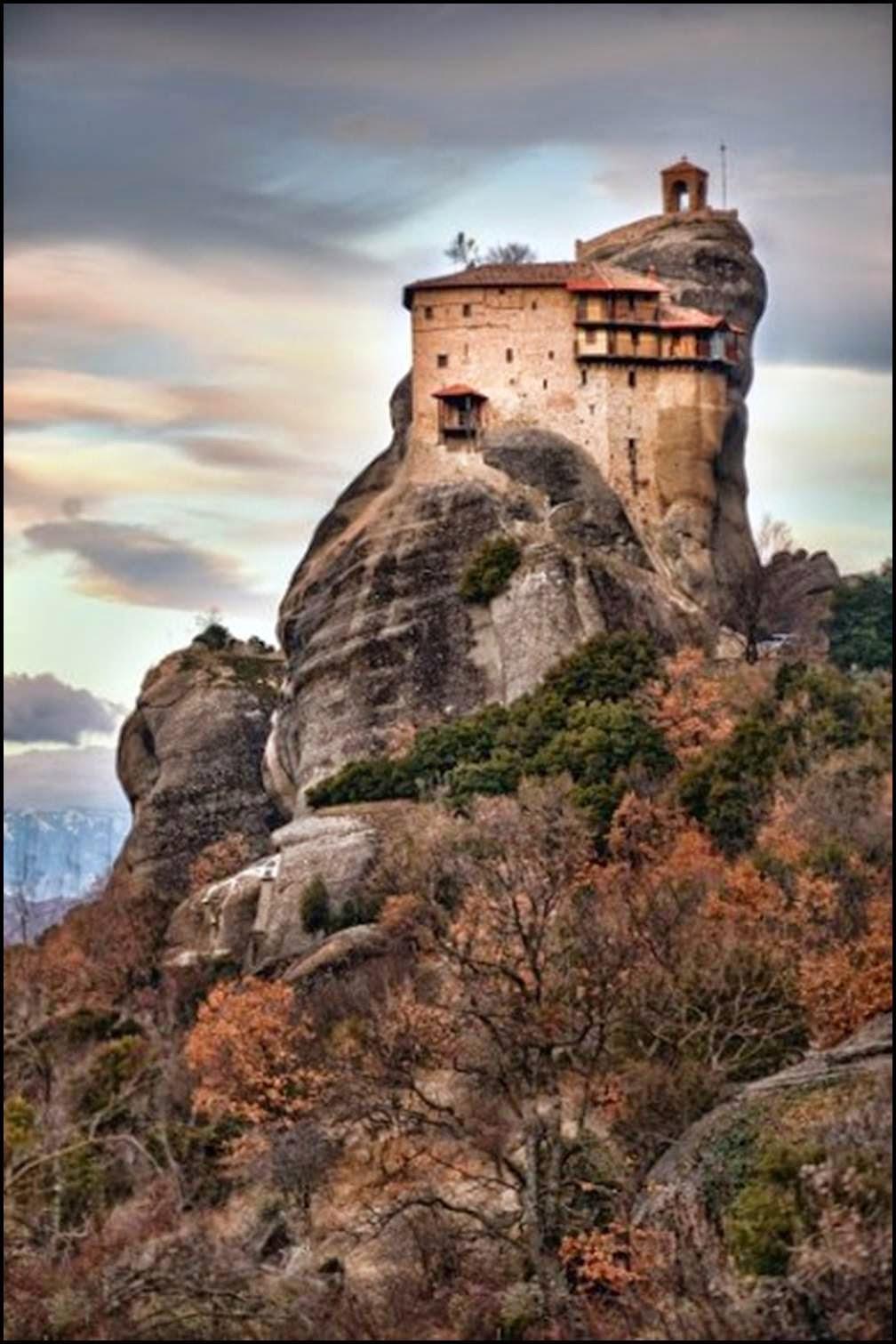 Agios Nikolaos Anapafsas Monastery: Amazing monastery with ...
