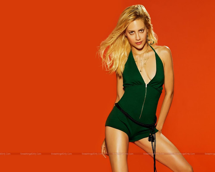 Brittany Murphy HD Wallpaper -08