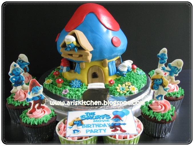 Dangel Cakes The Smurfs Cake For Angeline