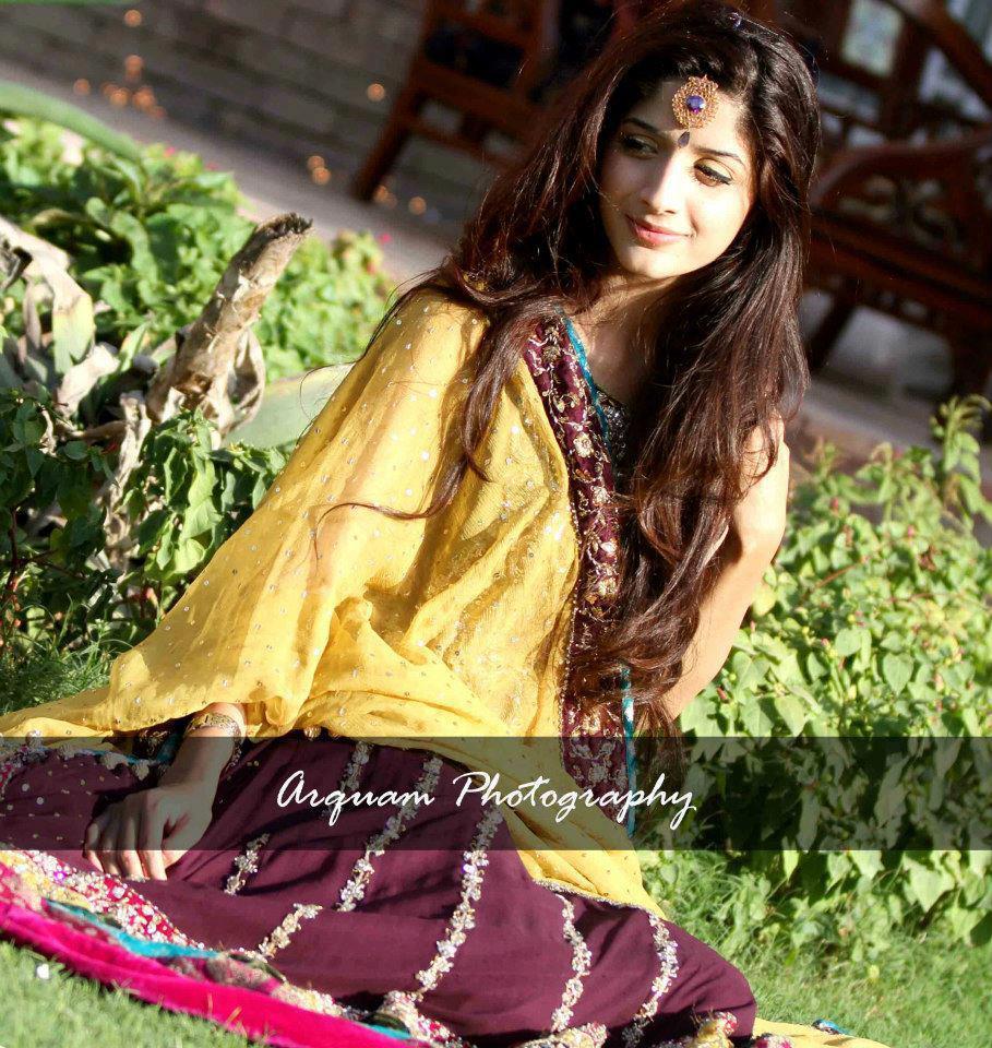 Mawra Hussain images