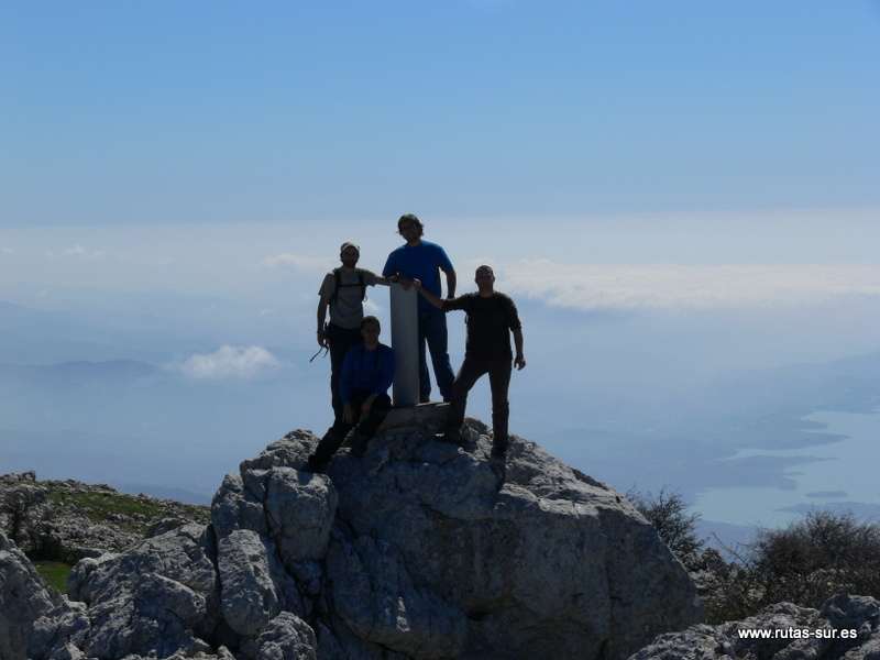SIERRA DE ENMEDIO: Pico Vilo 1415 m