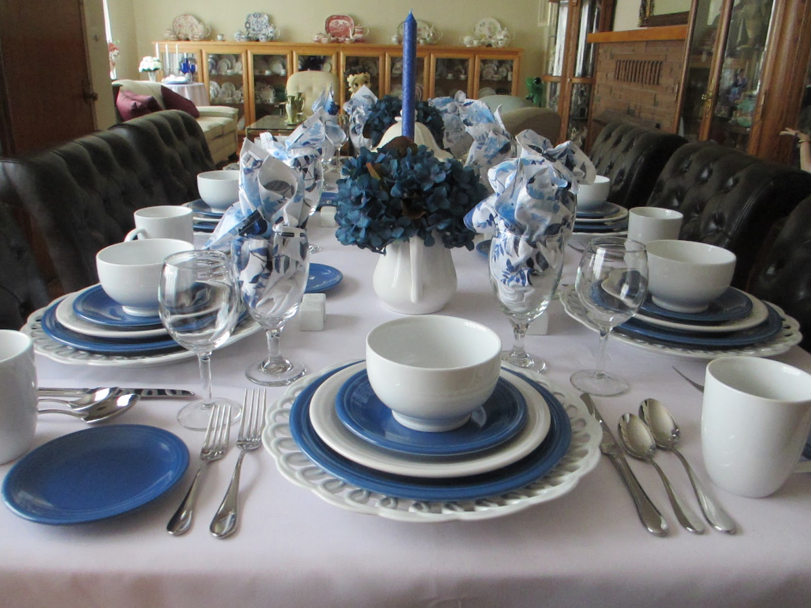 The table in blue and white & The Welcomed Guest: Lapis and White Fiesta Dinnerware Table