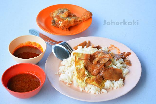 Kak-Zai-Nasi-Lemak-Batu-Pahat-Johor