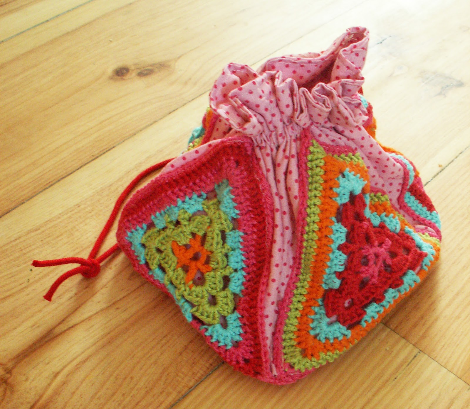 Howling at the moon: Crochet Bag