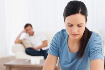 لماذا يكره الرجل زوجته ويعجب بالنساء الاخريات - زواج فاشل سيىء - bad sad marriage couple