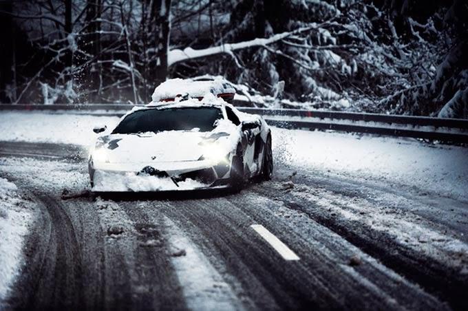 Audi R8 preto