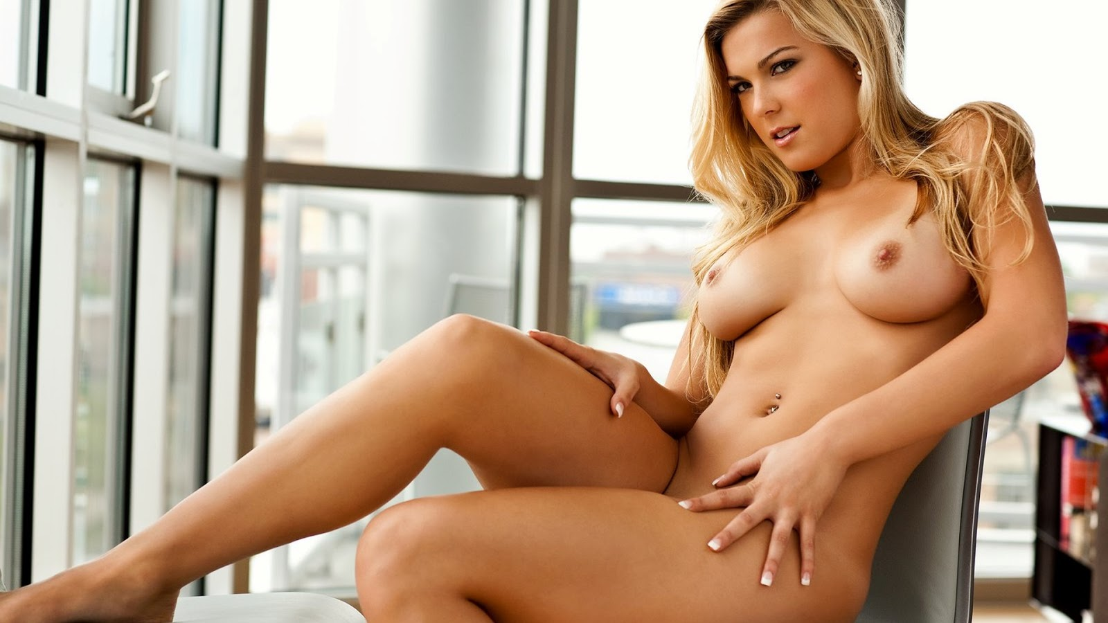 hot nude women in the kitchen