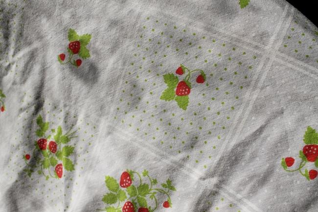 1960s novelty strawberry print 40s style blouse