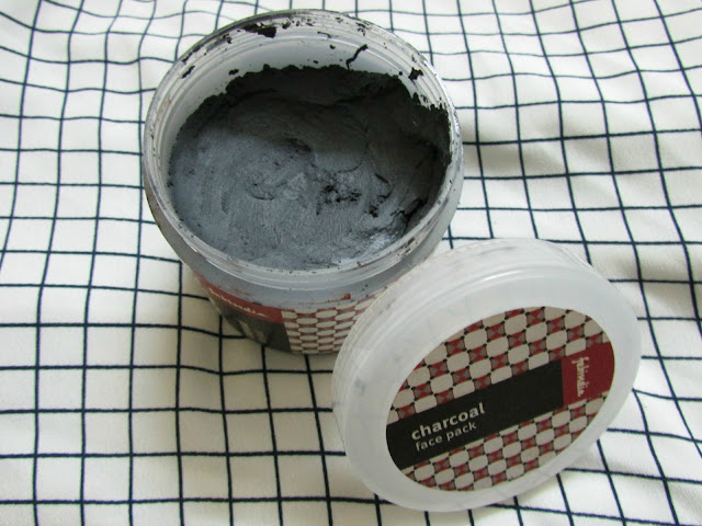 Fabindia Charcoal Face Pack, charcoal face pack, worst face pack, indian beauty blog, skincare, fabindia online, Fabindia Charcoal Face Pack price review, charcoal foe acne, summer face packs, active charcoal face pack,beauty , fashion,beauty and fashion,beauty blog, fashion blog , indian beauty blog,indian fashion blog, beauty and fashion blog, indian beauty and fashion blog, indian bloggers, indian beauty bloggers, indian fashion bloggers,indian bloggers online, top 10 indian bloggers, top indian bloggers,top 10 fashion bloggers, indian bloggers on blogspot,home remedies, how to