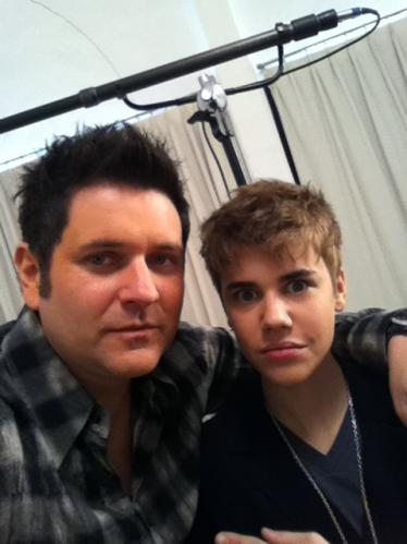justin bieber 2011 new haircut on ellen. justin bieber new haircut 2011