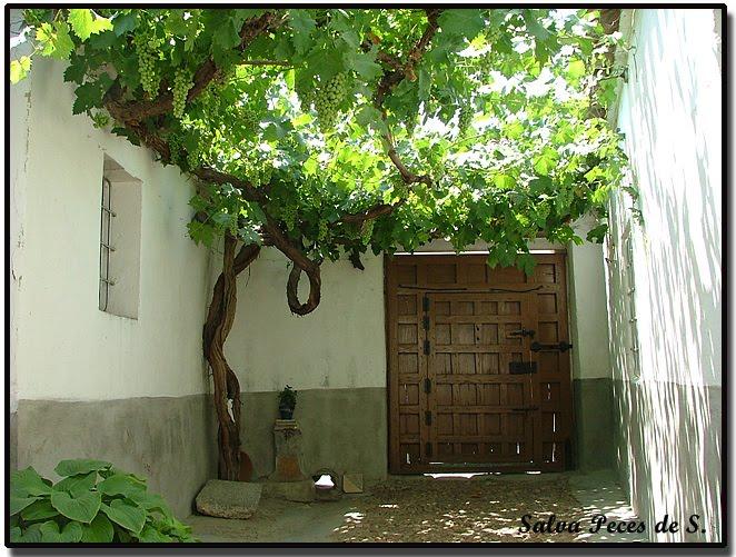Sonseca en el zurr n y calle de rojas calle con historias - Casa patio del panadero ...
