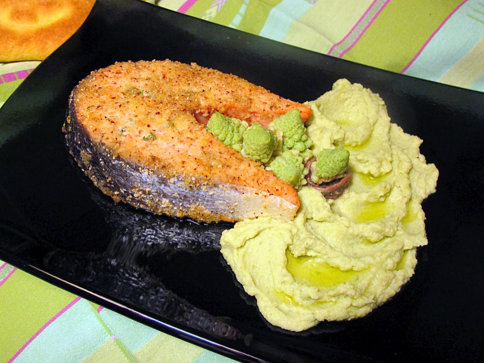 salmone in crosta di nocciole su crema di broccolo romano